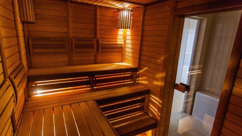 Sauna infrared w środku